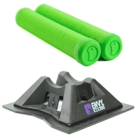 FLAVOR ENVY GRIP AND SCOOTER STAND COMBO - GREEN